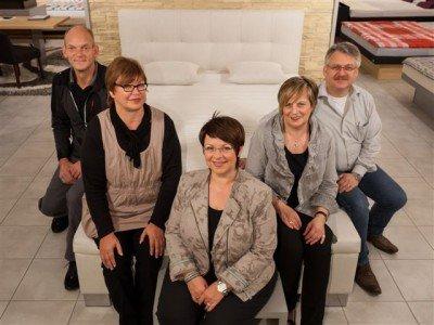 Das komplette Team von Betten Schönau